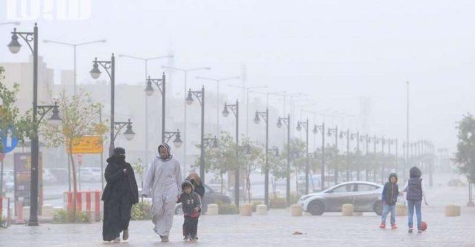 وفاة 5 أشخاص بسبب سوء الأحوال الجوية بالجزائر